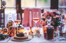valentines-dinner-meal-table-wine