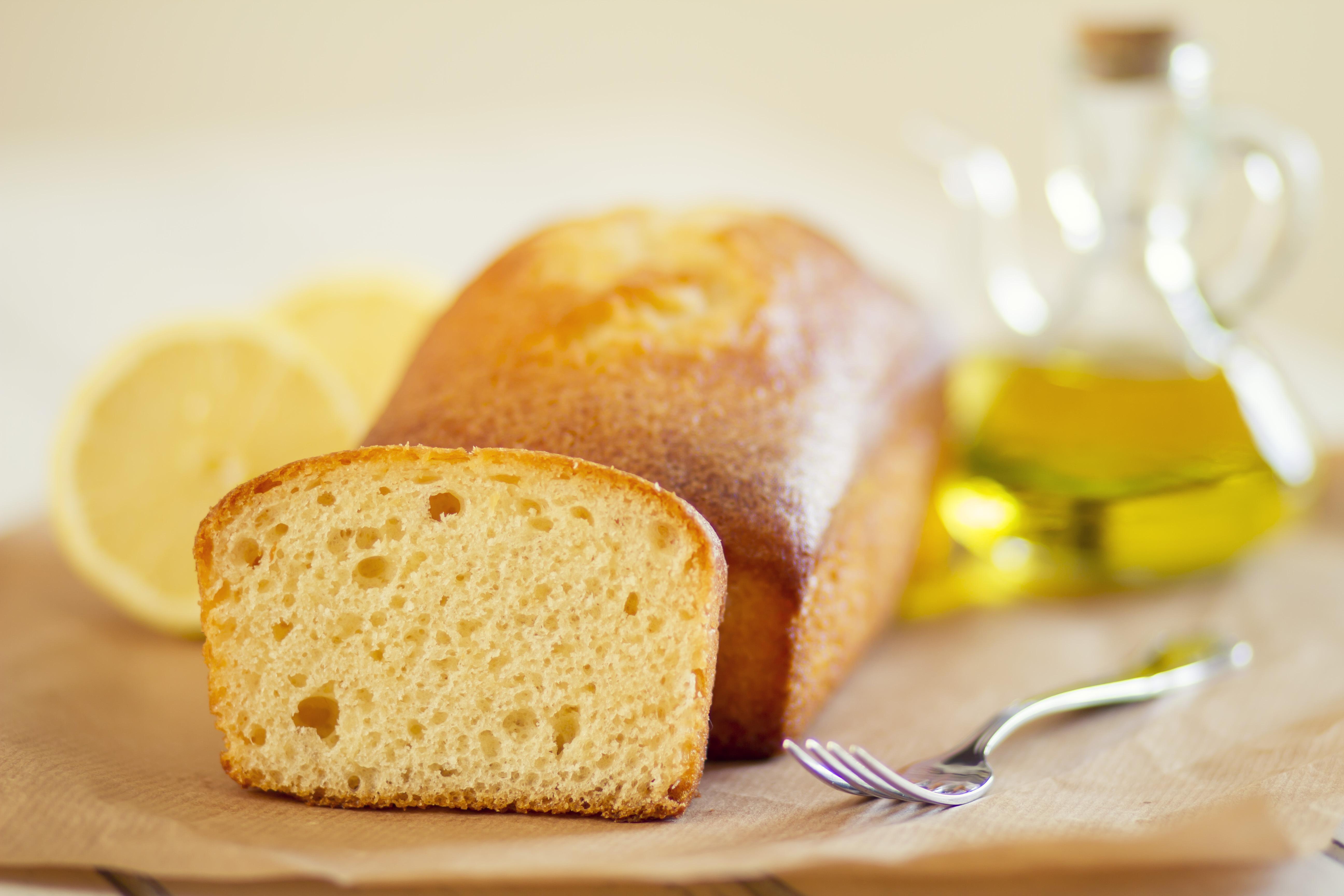Olive Oil Cake Lemon Glaze